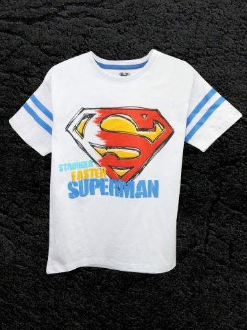 https://static6.cilory.com/106057-thickbox_default/superman-white-half-sleeve-tee.jpg