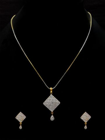 https://static6.cilory.com/109587-thickbox_default/american-diamond-pendant-with-earring.jpg