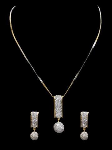 https://static4.cilory.com/126866-thickbox_default/american-diamond-neck-wear.jpg