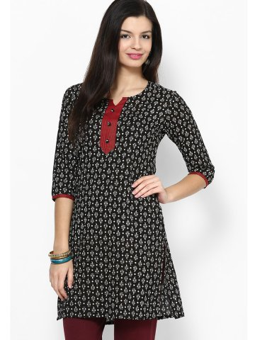 https://static9.cilory.com/151521-thickbox_default/jk-pure-cotton-three-quarter-sleeves-black-kurti.jpg