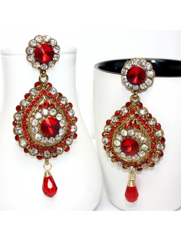 https://static5.cilory.com/24754-thickbox_default/elegant-polki-work-earrings-carved-with-stone-and-beads.jpg
