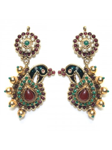 https://static.cilory.com/32207-thickbox_default/elegant-polki-work-earring-carved-with-stone-and-beads.jpg