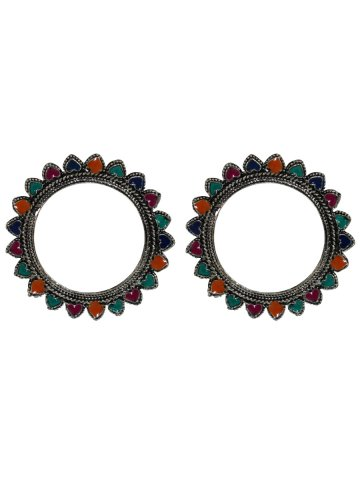 https://static2.cilory.com/396370-thickbox_default/traditional-handicraft-earrings.jpg