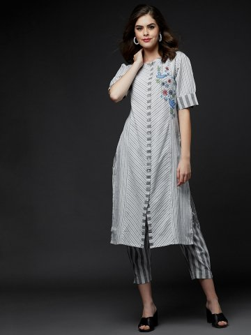 https://static2.cilory.com/409815-thickbox_default/zola-grey-cotton-kurta-with-bottom.jpg
