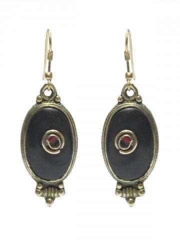 https://static3.cilory.com/73213-thickbox_default/beautiful-handicraft-earring.jpg