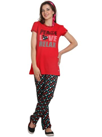 https://static.cilory.com/96375-thickbox_default/red-half-sleeve-top-with-pyjama.jpg