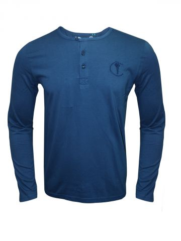 https://static3.cilory.com/97358-thickbox_default/in-the-closet-eastern-blue-henley-t-shirt.jpg
